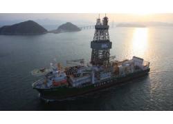 Αυτόνομο φωτοβολταϊκό σύστημα 4 kWp σε πλοίο εξόρυξης πετρελαίου.