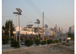 Αυτόνομα φωτοβολταικά φωτιστικά δρόμου | Δήμος Αλίμου